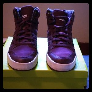 Womans Adidas Raleigh shoes